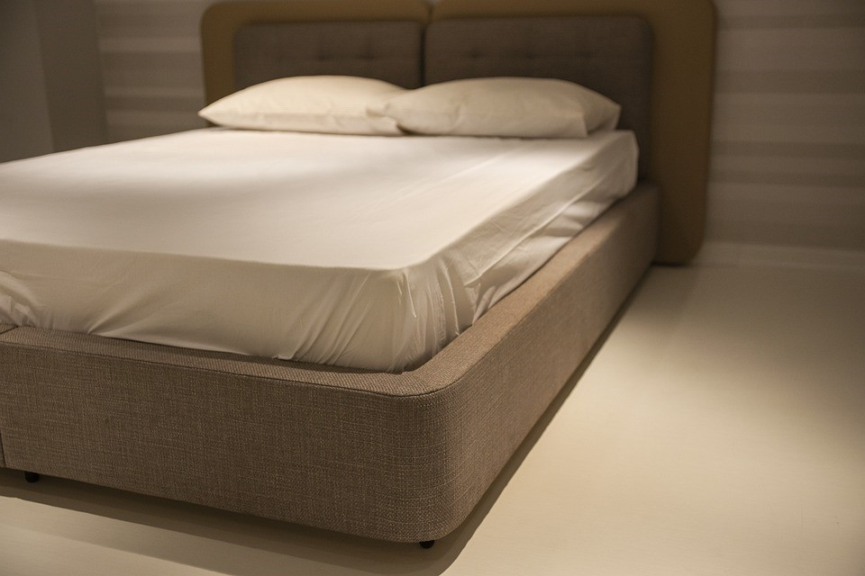 Pillow, Bed, Comfortable, Sleep, Furniture, Room, Home
